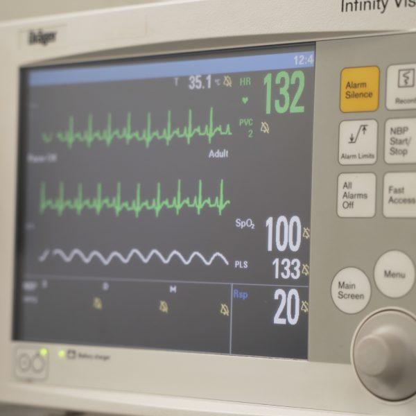 https://www.cliniqueveterinairedugolfe.fr/wp-content/uploads/2020/07/Master_CliniqueVétérinaireGolfe_VF1.00_01_06_16.Still029-600x600.jpg